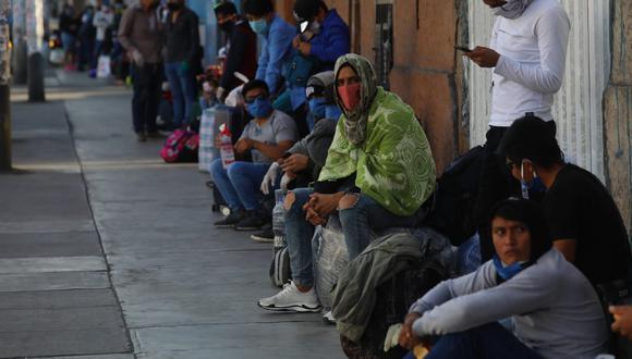 Solo podrán retornar a sus regiones aquellas personas que den negativo a la prueba rápida. (Foto: César Grados/GEC)