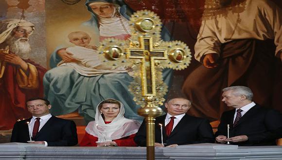 Rusia: Vladimir Putin preside la misa de la Pascua Ortodoxa