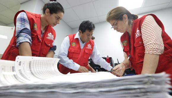 El Partido Aprista Peruano solo ha presentado tres listas de candidatos al Congreso dentro del plazo de ley. Las listas corresponden a la región de Junín, Arequipa y Peruanos en el Extranjero. Foto: Andina