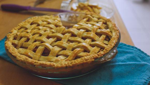 Aprende a preparar un pie de manzana casero