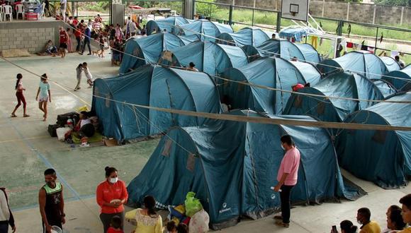 Migrantes venezolanos permanecen en un centro de integración ciudadana de Arauquita, localidad fronteriza y perteneciente al departamento de Arauca, Colombia. (Foto: EFE/Jebrail Mosquera Contreras).