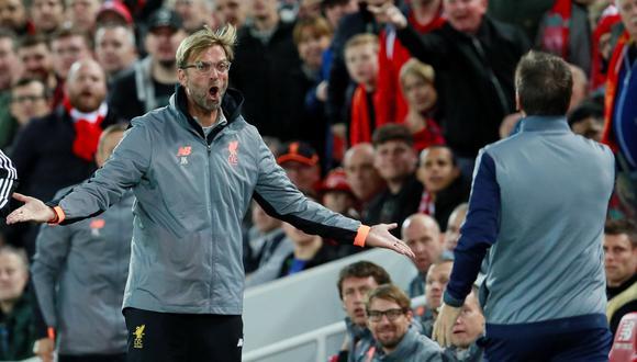 En el duelo entre Liverpool y Sevilla por la Champions League, Jürgen Kloop se enojó con Eduardo Berizzo. (Foto: Reuters)