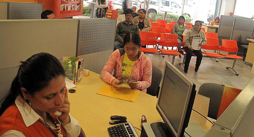 La SBS estableció el procedimiento para que los trabajadores puedan solicitar a las AFP acogerse al Régimen Especial de Jubilación Anticipada. (Foto: GEC)