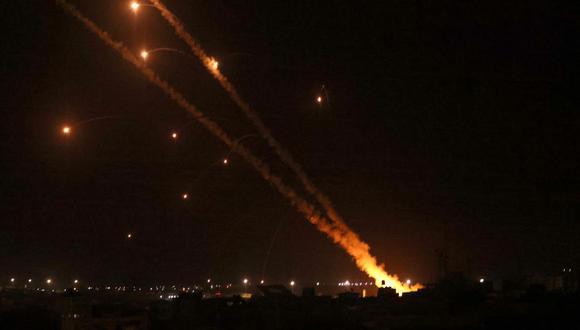 Yihad Islámica: Cohetes lanzados hacia Israel desde Rafah, en el sur de la Franja de Gaza, el 12 de mayo de 2021. (Foto de SAID KHATIB / AFP).