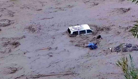 Las intensas lluvias que se registran desde la última semana en la provincia de Huancabamba, en Piura, activaron la quebrada Longulo que el último sábado se desbordó y arrasó con 14 viviendas, tres puentes y nueve vehículos (Foto: cortesía)