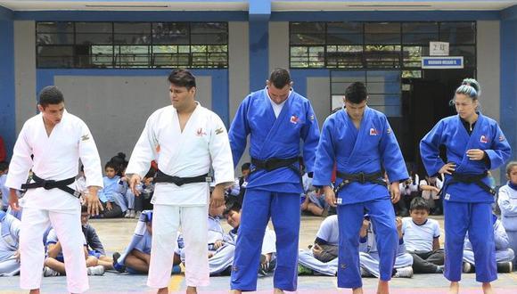 """El programa """"Deportistas Top Perú en las Escuelas"""" realizado en Colegio """"San Juan Macías"""", los judocas peruanos prometieron medallas. (Foto: IPD)."""