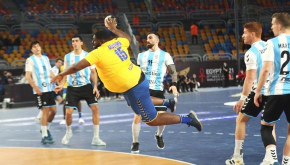Gauthier Mvumbi es sensación en Mundial de Handball (Foto: EFE)