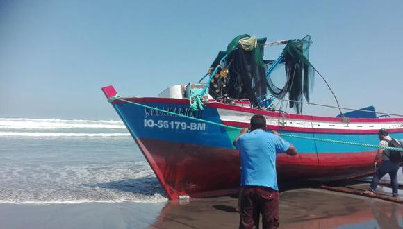 Embarcación naufraga y deja una persona muerta y dos desaparecidas