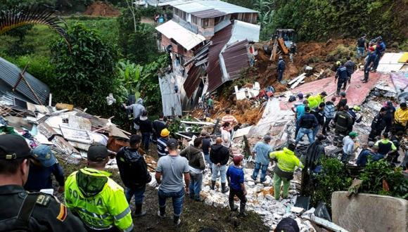 Los fallecimientos ocurrieron por inundaciones, deslizamientos de tierra, vendavales y crecientes súbitas en 30 de los 32 departamentos de Colombia. (AFP)
