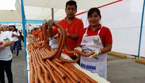 Huacho: producen la salchicha más grande del Perú