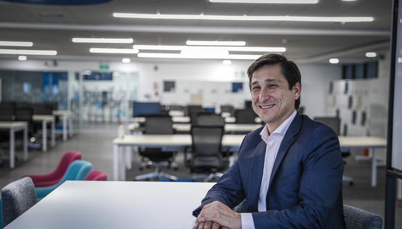 José Antonio Cassinelli, vicepresidente del Segmento Residencial de Movistar Perú. Gerente de Telefónica habla del proyecto De Voz a Voz Perú.