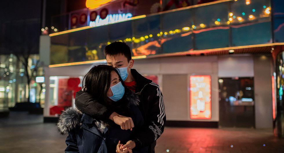 """Lo que resultó totalmente alarmante fue que el 13 de febrero se reportaron más de 200 fallecidos en China por el coronavirus. Una cifra bastante elevada para un solo día. A pesar de esto, Michael Ryan, funcionario de la OMS, indicó que eso """"no representa un cambio significativo de la trayectoria del brote"""". Foto: AFP"""