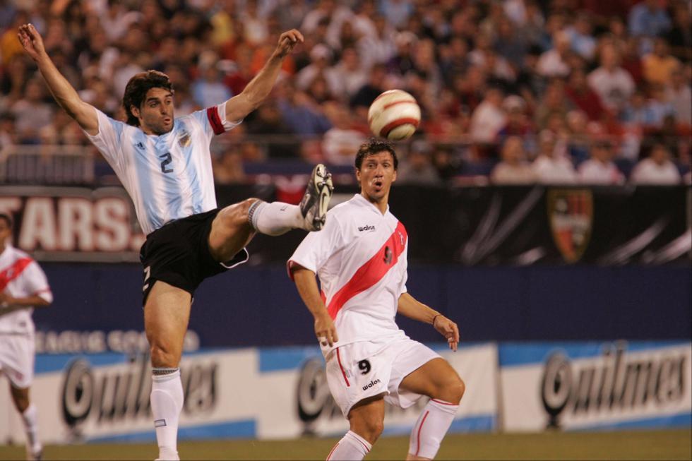 Iván Bulos y otros '9' similares que jugaron en la selección - 1