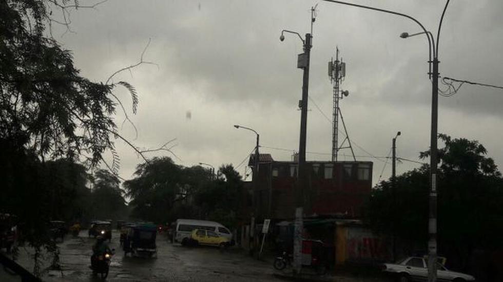 Fuerte lluvia cae esta tarde sobre Piura - 2