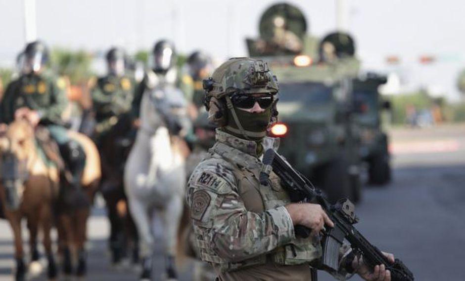El gobierno de Donald Trump ha reforzado la vigilancia en la frontera de Estados Unidos con México.