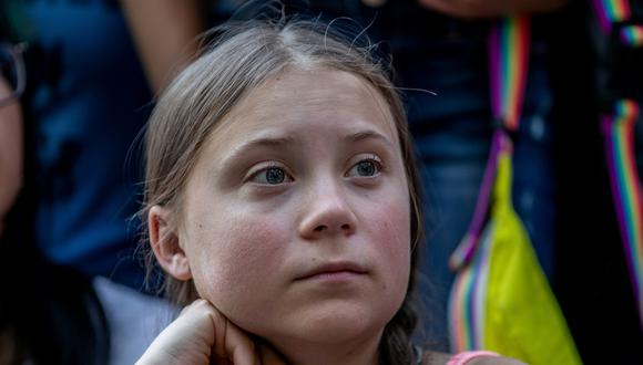 FILE PHOTO: Swedish activist Greta Thunberg participates in a youth climate change protest in front of the United Nations Headquarters in Manhattan, New York City, New York, U.S., August 30, 2019. REUTERS/Jeenah Moon/File Photo