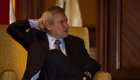 Luis Castañeda participará en debate del JNE, según su vocera