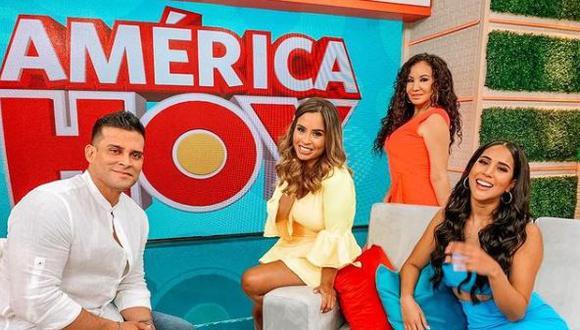 """Janet Barboza feliz con sintonía de """"América hoy"""": """"Somos las pandoras de la mañana"""". (Foto: @lapozo/@janetbarbozaa)"""