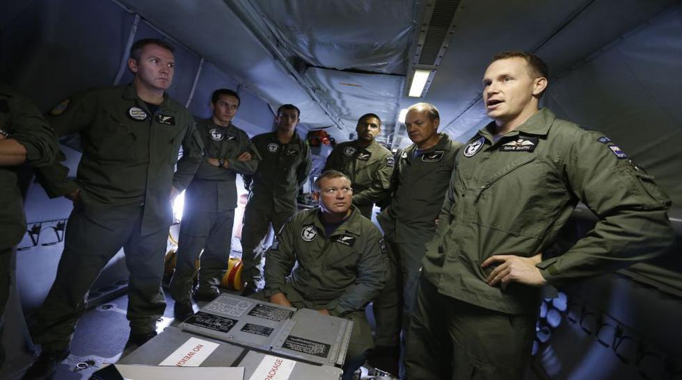 Intensa búsqueda del avión de Malasia en el Océano Índico  - 4