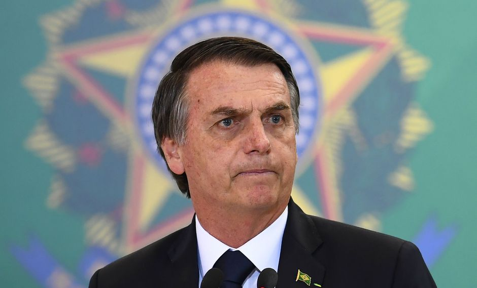 Jair Bolsonaro había advertido el lunes de una crisis de refugiados si el presidente Mauricio Macri pierde la elección presidencial definitiva el 27 de octubre. (AFP).