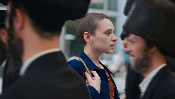 """PUESTO 43: """"Poco ortodoxa"""" es una miniserie dramática de televisión web germano-estadounidense que debutó en la plataforma de streaming Netflix el 26 de marzo de 2020. Consta de 4 episodios."""