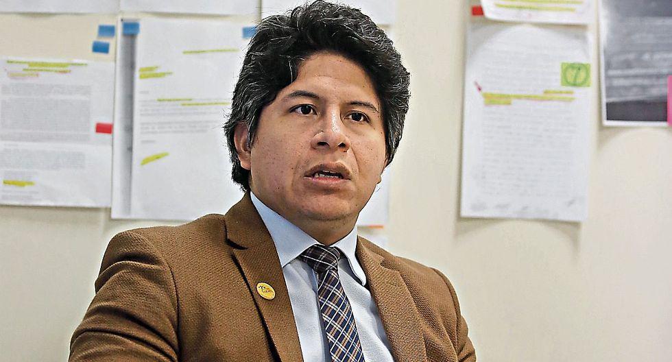 Páucar trabajó durante cuatro años en la fiscalía contra el lavado. Tiene 10 años investigando ese delito. (Foto: Hugo Pérez / El Comercio)