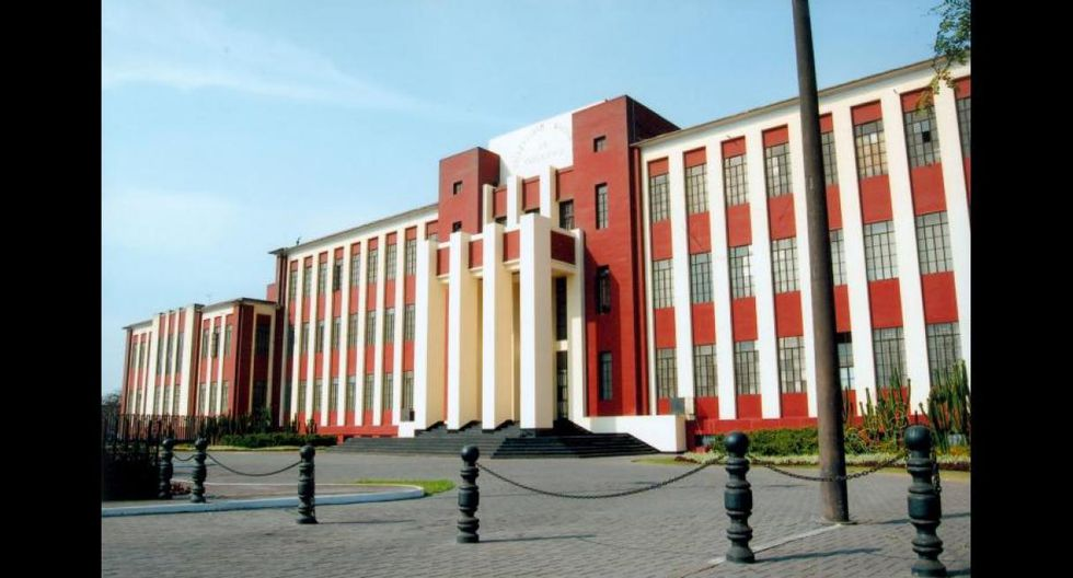 En la cuarta ubicación está la Universidad Nacional de Ingeniería (UNI), con un ingreso promedio mensual de S/4.113.