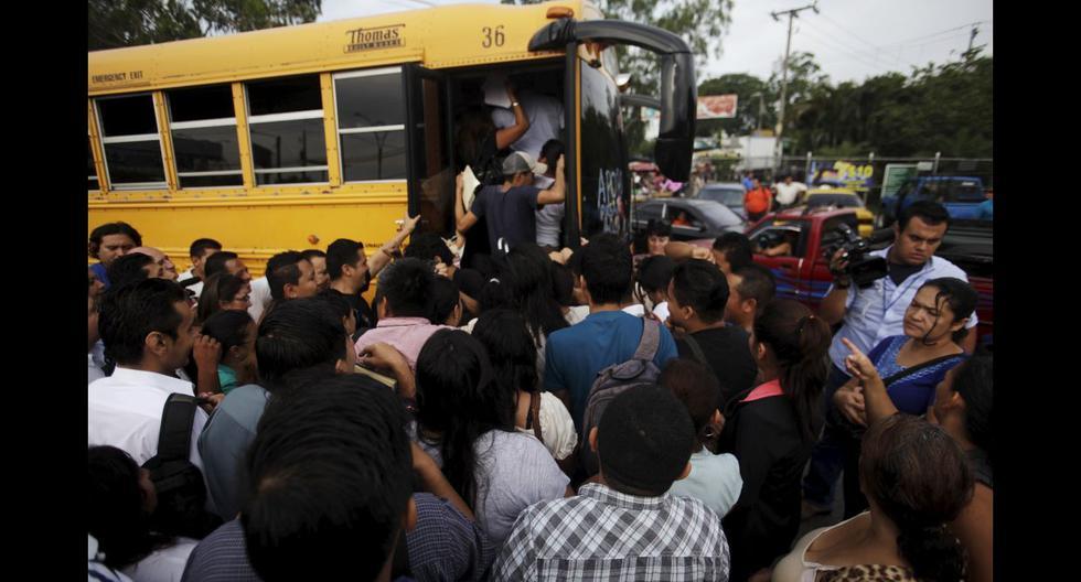Caos y muerte en El Salvador por paro convocado por pandillas - 8