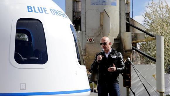 Jeff Bezos y su hermano Mark irán a bordo del New Shepard en el primer vuelo tripulado este 20 de julio. (Foto: Reuters)