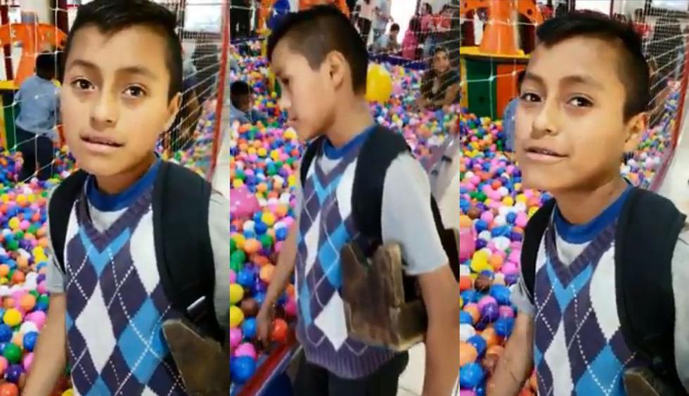 En Bolivia, un niño trabajador de la calle miraba con ilusión hacia una piscina de pelotas hasta que apareció un héroe anónimo para ayudarlo. El video llegó a Facebook y no tardó en volverse viral. (Foto: Captura)