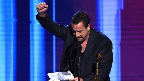 """El actor de """"Diamantes en bruto"""" agregó que """"las personalidades independientes brillarán para siempre"""".  (Foto: Film Independent Spirits Awards)"""