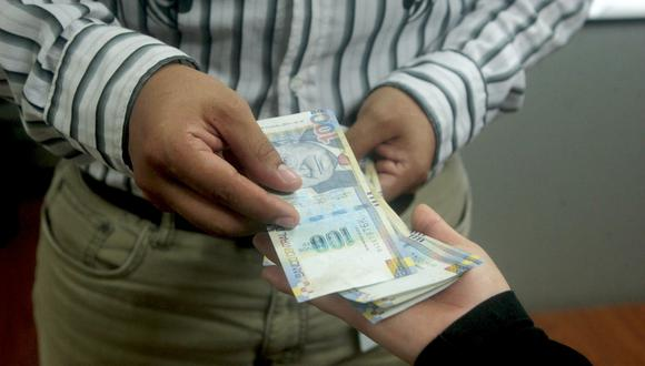 Solo las empresas autorizadas por la SBS pueden captar en cualquier modalidad el dinero del público. (Fuente:GEC)