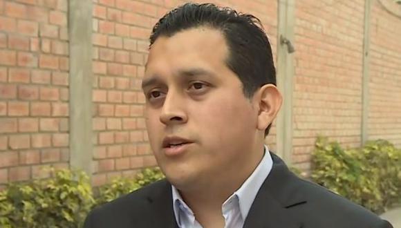 Luna Morales aseguró que se interpelará y censurará a la ministra de Economía y Finanzas, María Antonieta Alva, si es que no da una respuesta clara sobre la devolución de aportes a la ONP. (Imagen: Canal N)