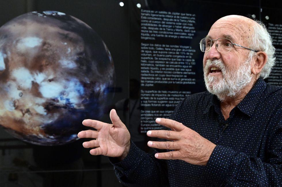 Michel Mayor pide prudencia al hablar sobre la migración de los humanos a los exoplanetas. (Foto: JAVIER SORIANO / AFP)
