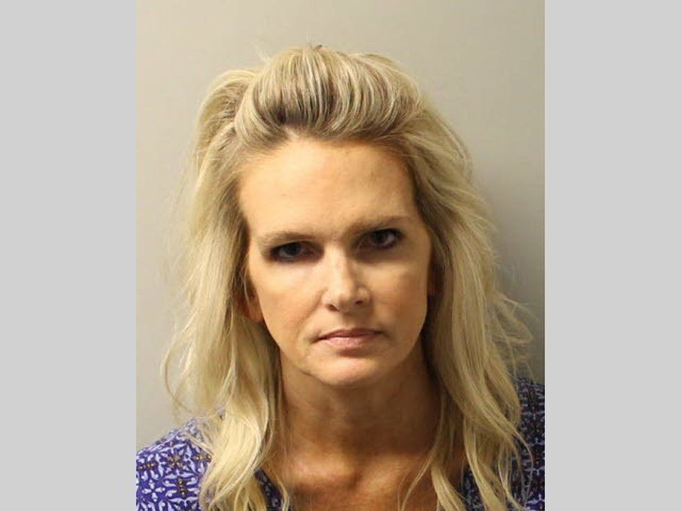 Denise Merrel Williams tras ser detenida. (AP).
