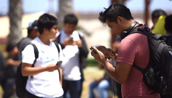En caso se quiera acumular datos móviles de Internet, se debería mejorar la red de antenas e infraestructura.