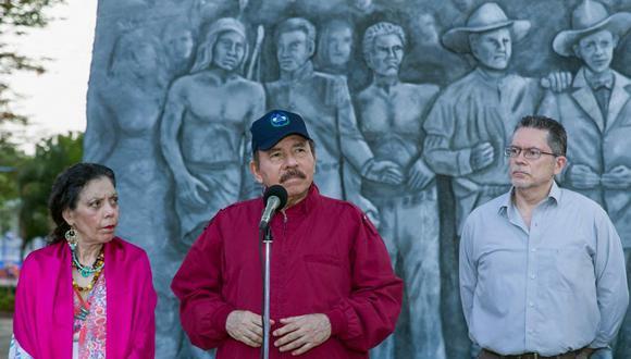 Ortega, un exguerrillero que ya había gobernado de 1979 a 1990, regresó al poder en 2007 con el izquierdista Frente Sandinista de Liberación Nacional (FSLN) y se mantiene allí tras dos reelecciones sucesivas. Sus adversarios estiman que buscará un cuarto mandato en los comicios del 7 de noviembre. (Foto: Presidencia de Nicaragua via AFP)