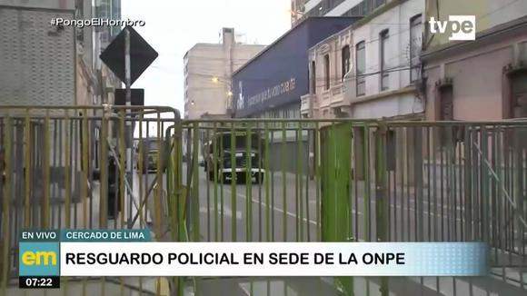 Resguardo policial en la ONPE