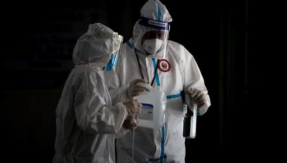 Madre oculta ser positivo al coronavirus y mueren 5 integrantes de su familia en Venezuela. (Foto referencial, EFE).