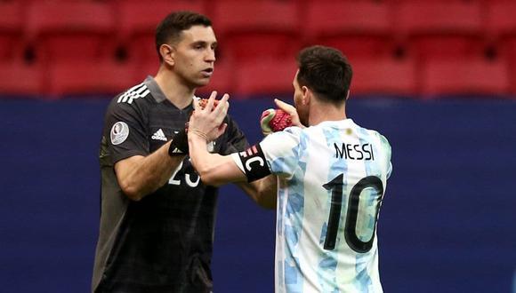 Emiliano Martínez viajará a Argentina para disputar la fecha triple de las Eliminatorias. (Foto: AFP)