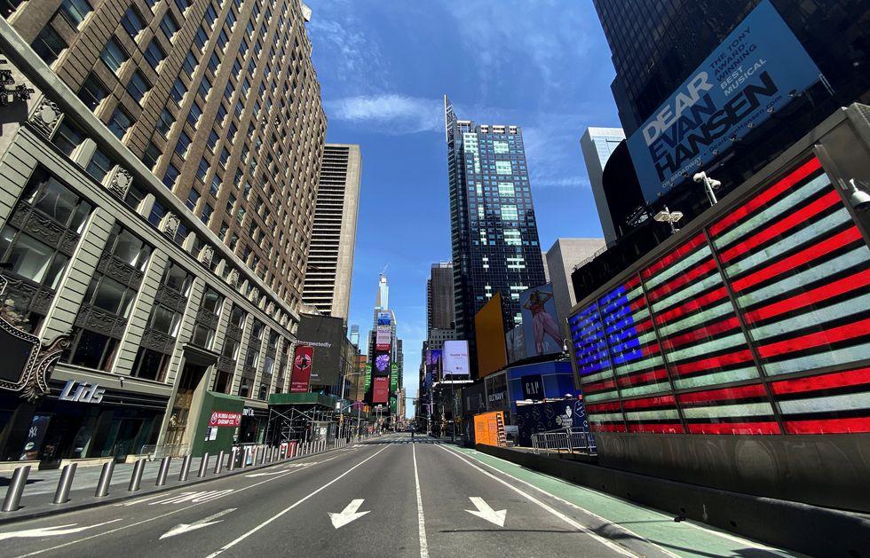 Nueva York está en confinamiento para frenar el coronavirus. (REUTERS/Mike Segar).