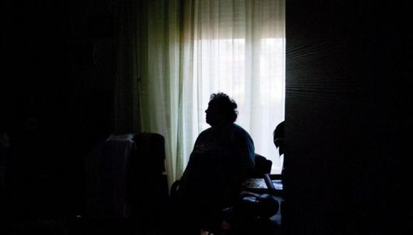 """""""Es importante ponerse un horario y saber que el trabajo termina. Y también mantener contacto virtual con personas fuera del hogar""""."""