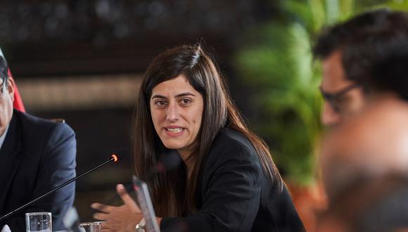 Ministra de Economía, María Antonieta Alva, es interpelada por el Congreso y podría enfrentar una moción de censura (Foto. EFE/ Christian Ugarte)