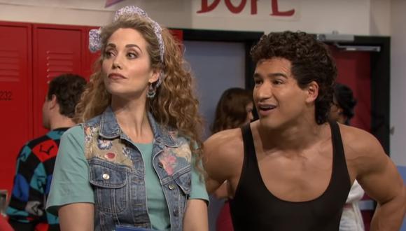 """Mario López y Elizabeth Berkley regresan a remake de """"Salvado por la campana"""". (Foto: NBC)"""