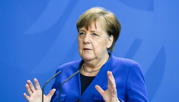 """Muchos comercios de Alemania volvieron a abrir sus puertas este lunes, en la primera fase de una operación de levantamiento gradual del confinamiento en un país con la epidemia de coronavirus """"bajo control"""", pero cuyo relajamiento suscita """"preocupación"""" en la canciller Angela Merkel. Foto: AFP / POOL / Markus Schreiber"""