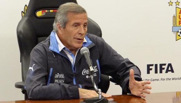 Óscar Tabárez criticó que se cuestione medio cupo a Rusia 2018