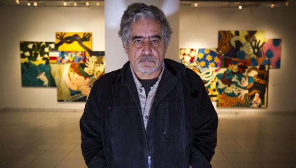 Desde sus primeros óleos sobre papel hasta sus más recientes esculturas, José Tola fue construyendo su estilo característico. (Foto: Richard Hirano / El Comercio)