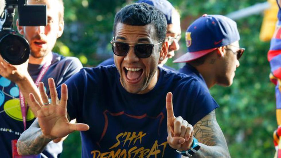 Dani Alves reveló en qué equipo jugará la próxima temporada - 1