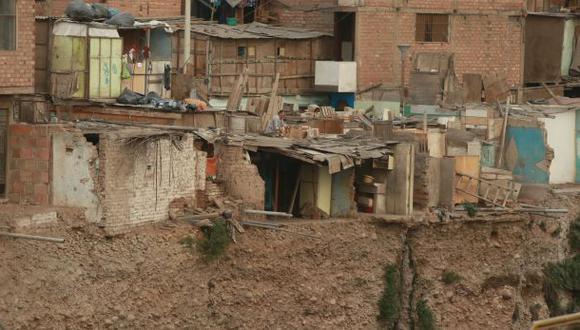 SMP: decenas de casas de Malecón Rímac a punto de caerse