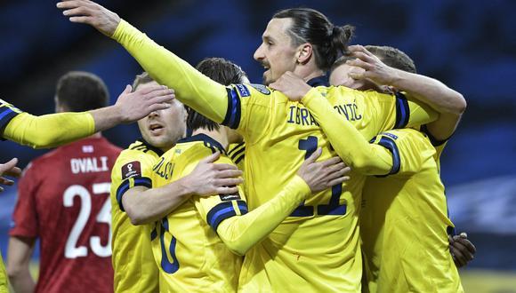 """Dos partidos después de su regreso a la selección de Suecia, Ibra señaló sentirse """"mucho mejor"""" y más compenetrado con sus compañeros. (Foto: AFP)"""
